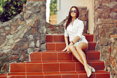 Sexy woman in sunglasses. Outdoor fashion portrait Royalty Free Stock Photos