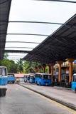 Seychellerna Mahe - 20 Juni 2016 Bussstation i Victoria Royaltyfri Fotografi