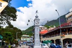 Seychellerna Mahe - 17 Juni 2016 Victoria Clock Tower Arkivfoton