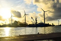 Seychellerna Mahe - 14 Juni 2016 Victoria hamn i ottasolen Royaltyfri Bild