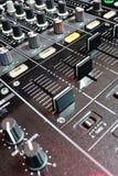 Sezione comandi del miscelatore del DJ Fotografia Stock Libera da Diritti