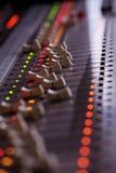 Sezione comandi mescolantesi di musica Immagini Stock