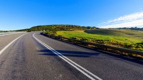 Sezione curva della strada principale Fotografia Stock