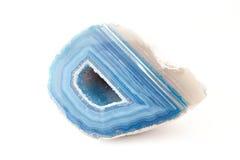 Sezione di un geode bianco e blu fotografie stock