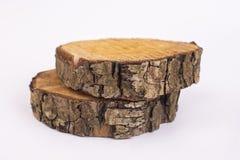 Sezione trasversale del tronco di albero su fondo bianco fotografia stock