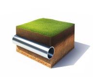 Sezione trasversale di terra con erba ed il tubo d'acciaio isolati su bianco Immagine Stock