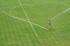 sezon piłkarski dworski podlewanie Zdjęcie Stock