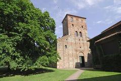 Sezzadio (Piedmont, Italien) - Santa Giustina abbotskloster Fotografering för Bildbyråer
