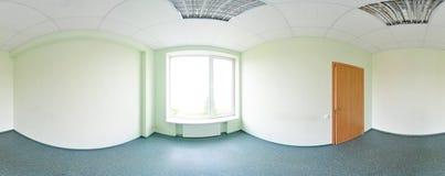 Sfäriska 360 grader panoramaprojektion, panorama i inre tomt rum i modern plan lägenhetgräsplansignal royaltyfri bild
