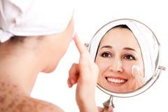 Sfaldamento antinvecchiamento dello skincare facciale fotografia stock