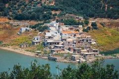 Sfendili es un pueblo abandonado y hundido, Aposelemi Foto de archivo