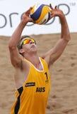 Sfera dell'uomo di pallavolo della spiaggia dell'Australia Fotografia Stock Libera da Diritti