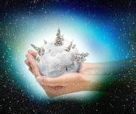 Sfera della neve di natale Fotografie Stock Libere da Diritti