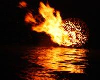 Sfera di fuoco della luna piena Fotografie Stock Libere da Diritti