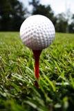 Sfera di golf immagine stock libera da diritti