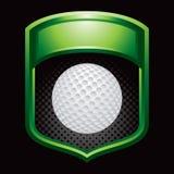 Sfera di golf su visualizzazione verde Immagini Stock Libere da Diritti