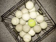 Sfera di tennis invecchiata Fotografia Stock