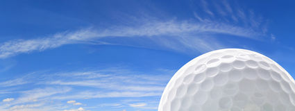 Sfera e cielo di golf Fotografia Stock