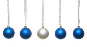 Sfere blu e d'argento di natale Fotografie Stock Libere da Diritti