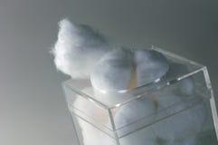 Sfere di cotone Immagini Stock