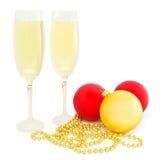 Sfere di natale e vetro di champagne Immagini Stock Libere da Diritti