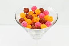 Sfere variopinte della gelatina in un vetro Immagine Stock