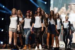 Sfilata di moda Immagini Stock