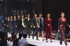 Sfilata di moda del ` di settimana di modo di Vientiene wow del ` 2017 immagine stock