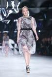 Sfilata di moda di Bipa: Aman, Zagabria, Croazia Fotografia Stock