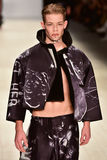 Sfilata di moda di Kakopieros Fotografia Stock Libera da Diritti