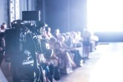 Sfilata di moda, evento della passerella, manifestazione della pista immagine stock libera da diritti