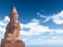 Sfinge egiziana sul fondo del cielo blu Fotografia Stock Libera da Diritti