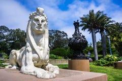 Sfinks statua Arthur Putnam lokalizować przed De Potomstwo Muzeum obrazy royalty free