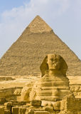 Sfinx en piramide Stock Foto