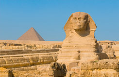 Sfinx en piramides in Giza, Kaïro Stock Fotografie