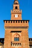 Sforza Castel中央塔在米兰 库存照片
