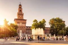 Sforza Castel al tramonto a Milano, Italia Fotografia Stock Libera da Diritti