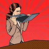 Sfrustowany Zaakcentowany Biznesowej kobiety Zjadliwy laptop w biurze Wystrzał sztuka ilustracji