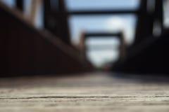 Sfuocatura del ponte di legno Fotografia Stock Libera da Diritti