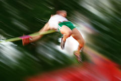 Sfuocatura di movimento di alto salto fotografie stock libere da diritti