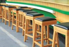 Sgabelli da bar di legno Fotografia Stock