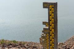 Sgabello di barra giallo immagine stock. immagine di plastica 4945755