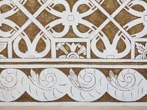 Sgraffito - renässansgarnering av murbrukfasaden, genom att skrapa Arkivbild