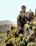 Sguardo della cima di San Marino Mountain fuori Immagini Stock