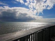 Sguardo fuori al mare Fotografia Stock