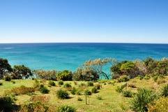 Sguardo fuori al mare fuori dalla costa dell'Australia Immagini Stock Libere da Diritti