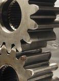 Sguardo Oldish delle ruote dentate nel colore marrone Fotografia Stock