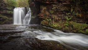 Sgwd Ddwli Isaf vattenfall arkivbild