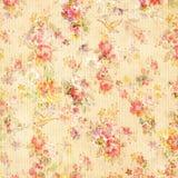Shabby κομψός εκλεκτής ποιότητας παλαιός αυξήθηκε Floral ταπετσαρία Στοκ φωτογραφία με δικαίωμα ελεύθερης χρήσης