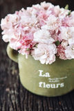 Shabby chic flowers Royalty Free Stock Photography